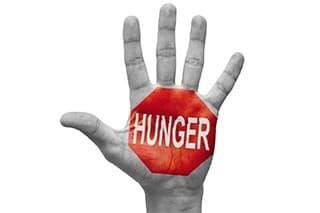 logo hunger sur une main sur un fond blanc - weightworld
