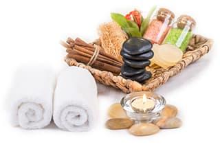 set de sels de bain avec serviette pour la relaxation